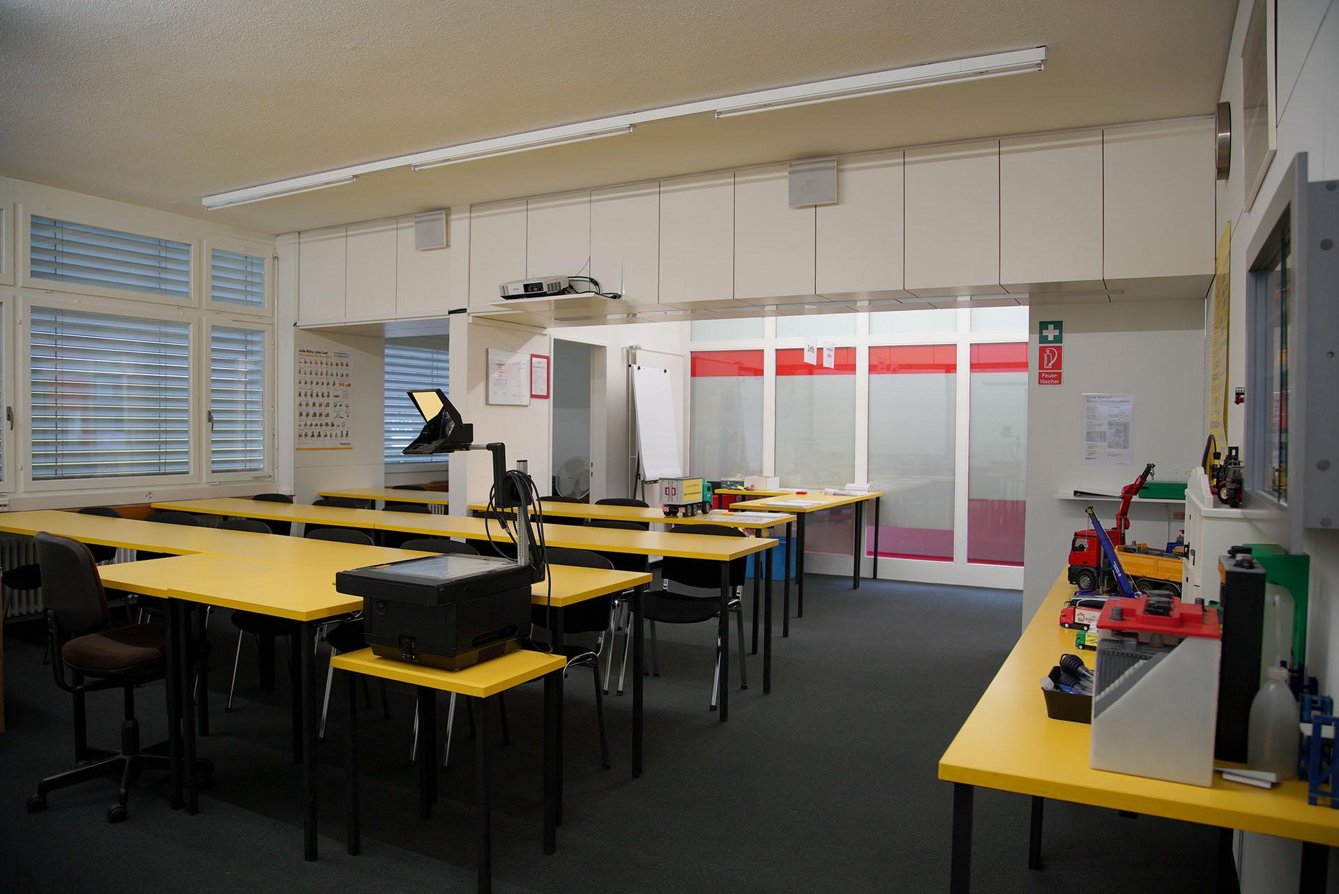 Unser Schulungsraum für Führerscheine nach CZV in Uzwil